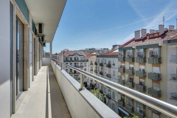 hans brinker hostel lisbon lissabon portugal de. Black Bedroom Furniture Sets. Home Design Ideas