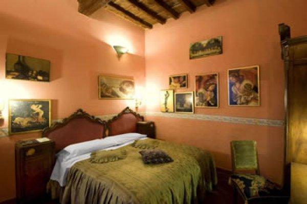 Soggiorno la Pergola - Florence, Italy - HostelsCentral.com   EN
