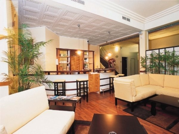 Appart 39 hotel saint exupery toulouse france for Appart hotel venise