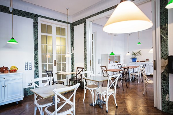 Casa gracia barcelona hostel barcelona spain - Casa gracia restaurante barcelona ...