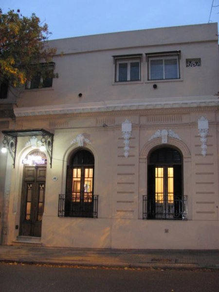 Palermo easy hostel buenos aires argentina for Casa jardin hostel buenos aires