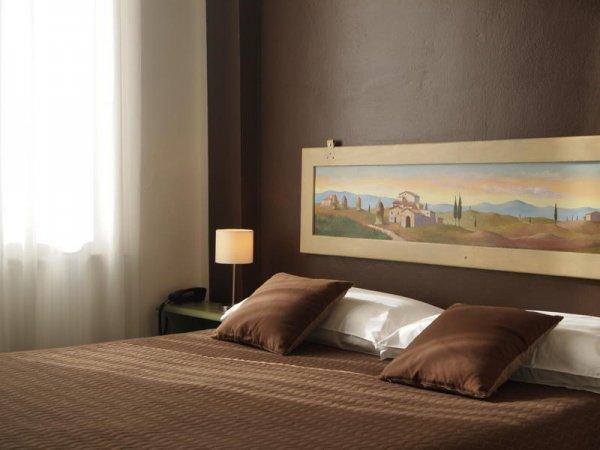 Lo Stellino Young - Siena, Italy - HostelsCentral.com | EN