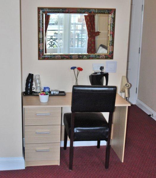 Lord Kensington Hotel Londra Inghilterra