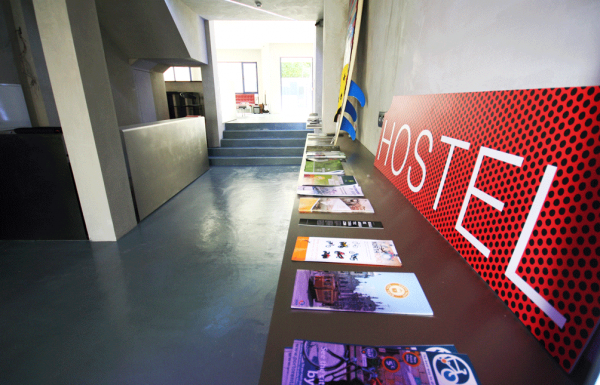 pilot design hostel and bar porto portugal en. Black Bedroom Furniture Sets. Home Design Ideas
