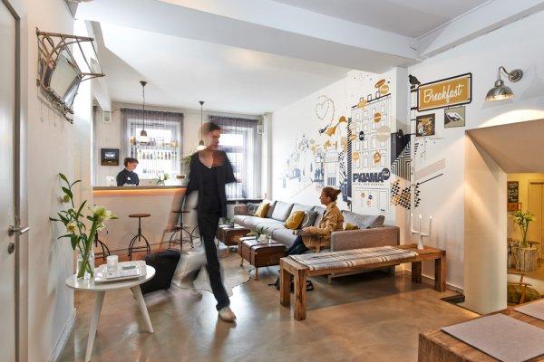 pyjama park hotel and hostel hamburg deutschland. Black Bedroom Furniture Sets. Home Design Ideas