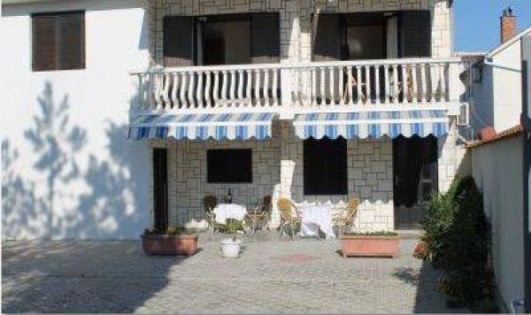 Villa elena ulcinj montenegro it for New york bed and breakfast economici
