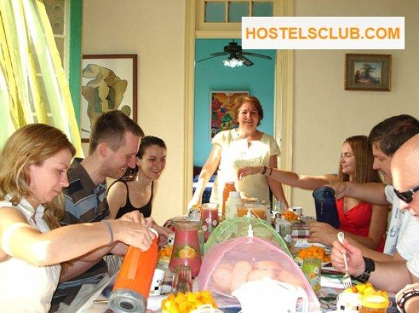 Havana back bnb s cuba sarita l 39 avana cuba for New york bed and breakfast economici
