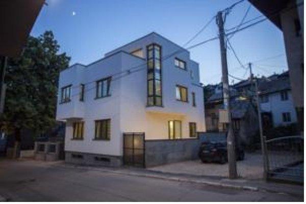 Villa melody sarajevo bosnia erzegovina - British institute milano porta venezia ...