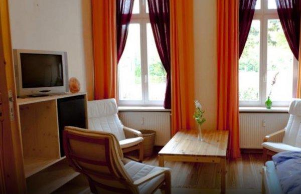 excellent apartments kreuzberg berlin germany en. Black Bedroom Furniture Sets. Home Design Ideas
