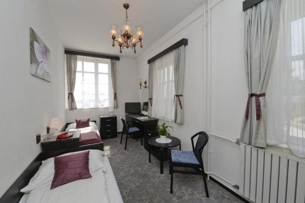 Budai hotel budapest hongrie fr for Haute hongrie