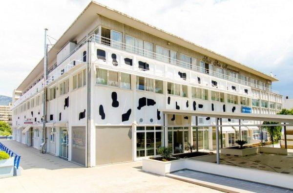 design hostel 101 dalmatinac split croatia en. Black Bedroom Furniture Sets. Home Design Ideas
