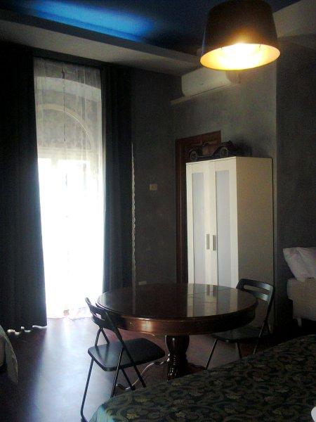 Dino giolitti guest house roma italia for Amsterdam ostello economico
