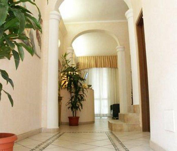 Hotel aladin milano italia it - Hotel milano porta vittoria ...