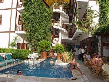 karyatit boutique hotel antalya turquie