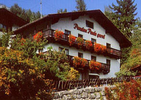 Pension Paula Innsbruck Austria Hostelscentral Com En