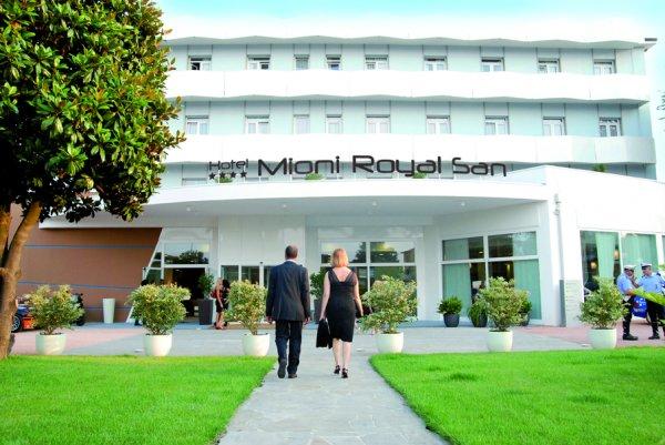 Hotel mioni royal san montegrotto terme italia it - Hotel mioni royal san piscine ...