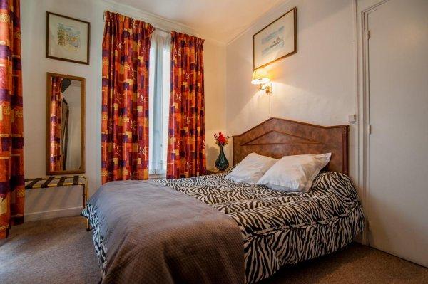Ideal Hotel Paris - Paris, France - HostelsCentral.com | EN